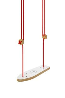 Skateboard swing white