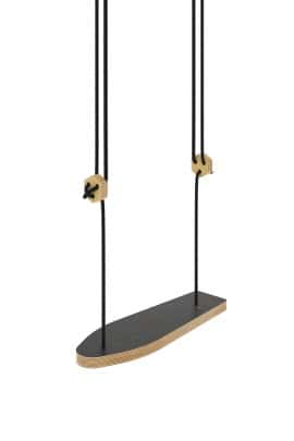 Skateboard swing black